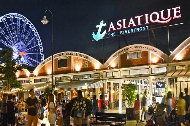 Top 10 khu chợ đêm nổi tiếng ở Bangkok khiến bạn dễ cháy túi